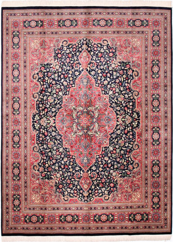 the Cyrus Artisan Pakistani Sarouk rug