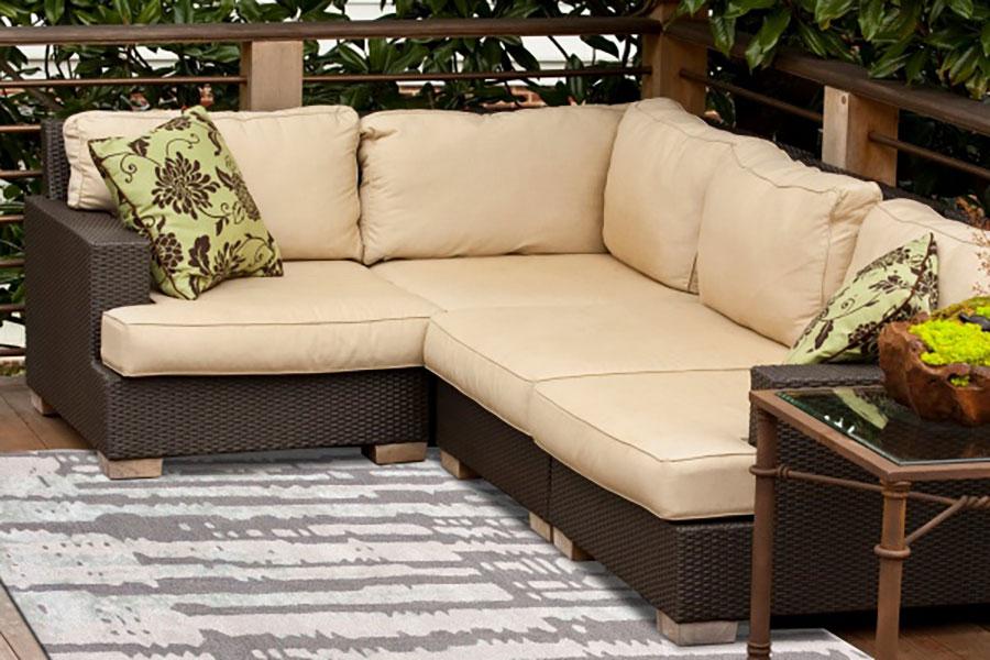 Natural fiber rugs outdoor setting