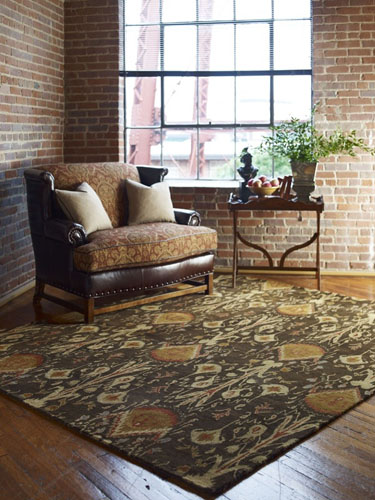 Tips for decorating hardwood floors with area rugs